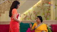 Jigyasa Singh from Thapki Pyaar Ki in Orange Transparent Saree (4).jpg