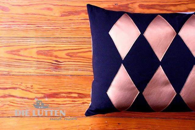 Kissenbezüge mit geometrischen Muster kupfer