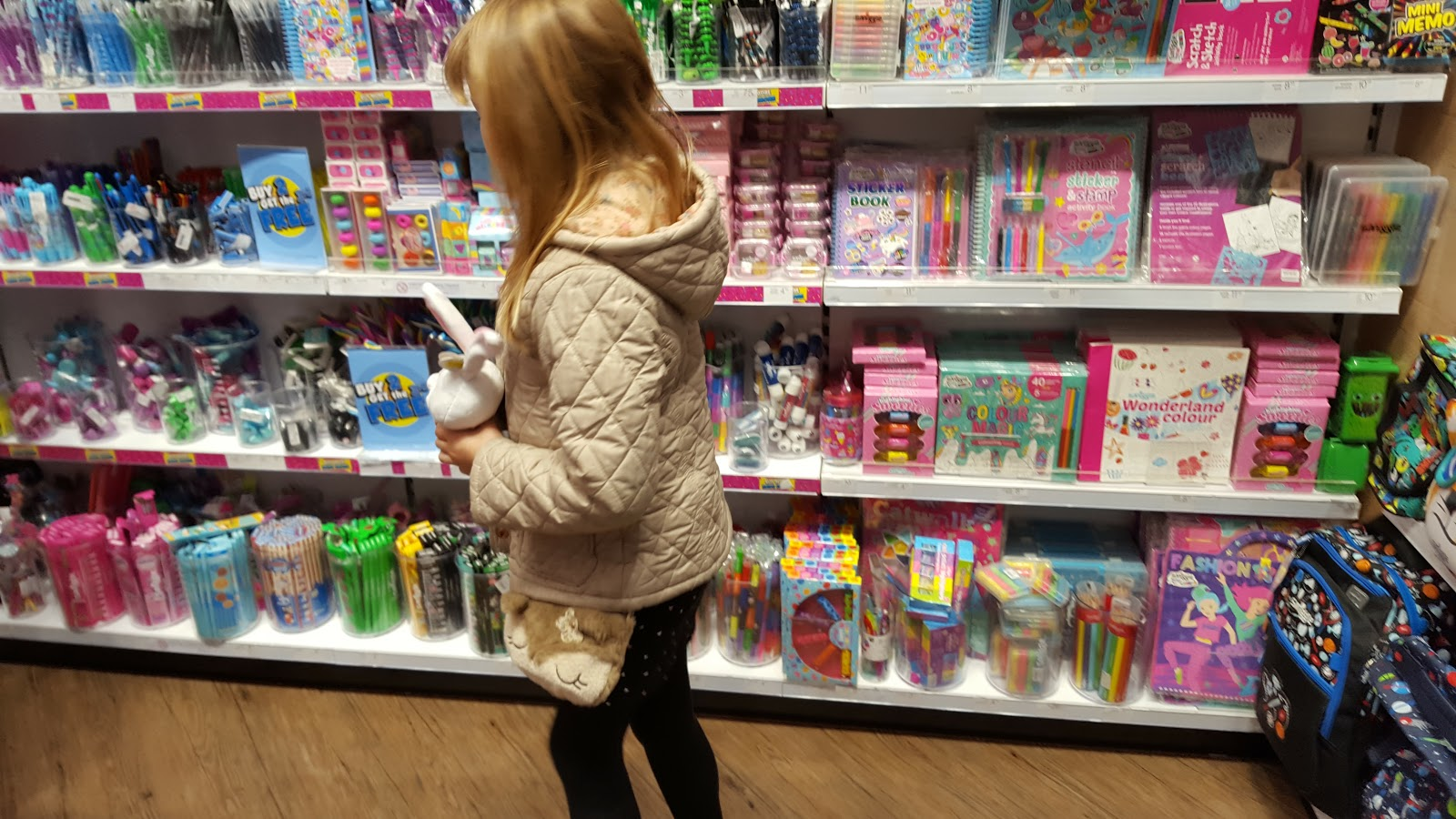 Shopping in Smiggle
