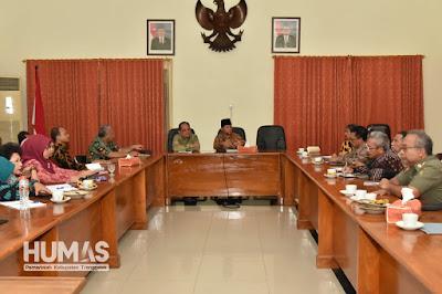 Plt. Bupati Nur Arifin Pimpin Langsung Break Review and Lunch