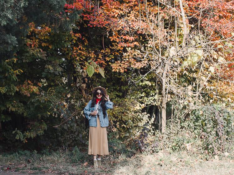 fashion blogger diyorasnotes autumn denim jacket midi skirt hat%2B%252814%2B%25D0%25B8%25D0%25B7%2B24%2529 - RED LIPS, BANDANA AND MIDI SKIRT