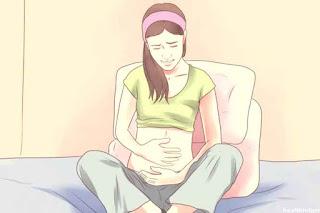 Buka Rahasia Mengatasi Kram Perut pada Tanda Awal Kehamilan