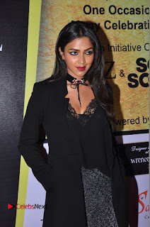 Amala Paul Stills in Black Dress at South Scope Lifestyle Awards 2016 Red Carpet