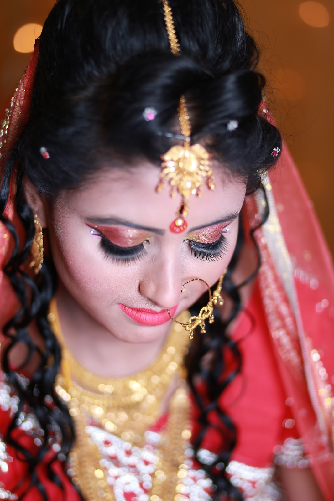 Wedding Traditions and Meanings: Traditional Wedding Dresses of ...