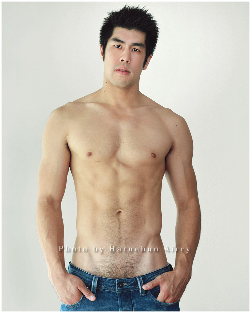 Nude Korean Male Model