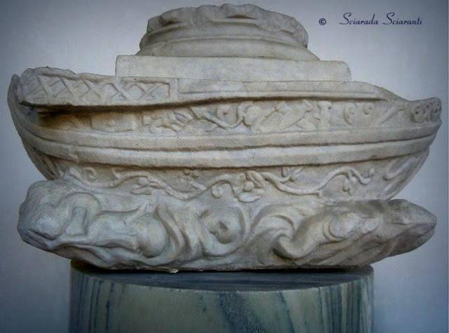 Nave in marmo di Luni conservata al museo delle Terme di Diocleziano di Roma