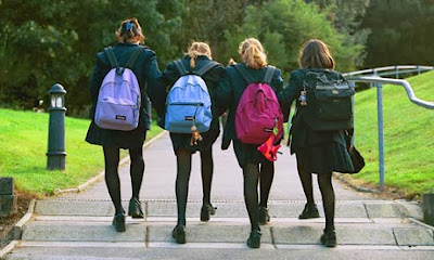 5 Ways in Making New Friends At School, love article, 4truelovers