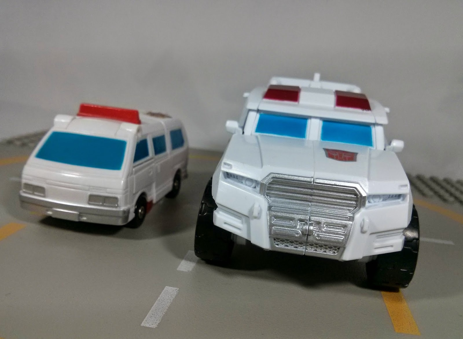 First Aid combiner wars g1