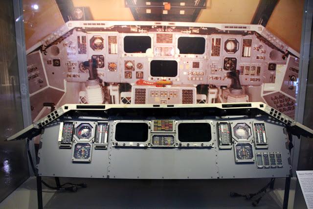 Challenger Space Shuttle Cockpit - Pics about space