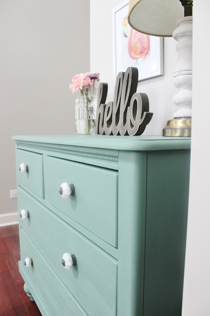 Dresser Makeover With Martha Stewart's Vintage Decor Chalk Paint