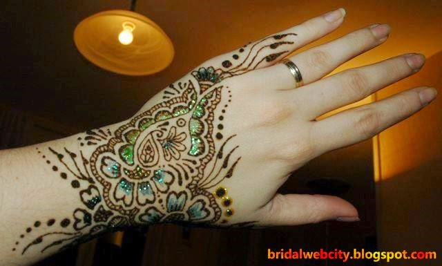 Mehndi Designs 2015 For Girls and Beautiful Women