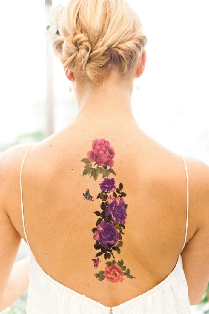 5 Tatuajes Femeninos En La Espalda Delicados Que Estan De Moda