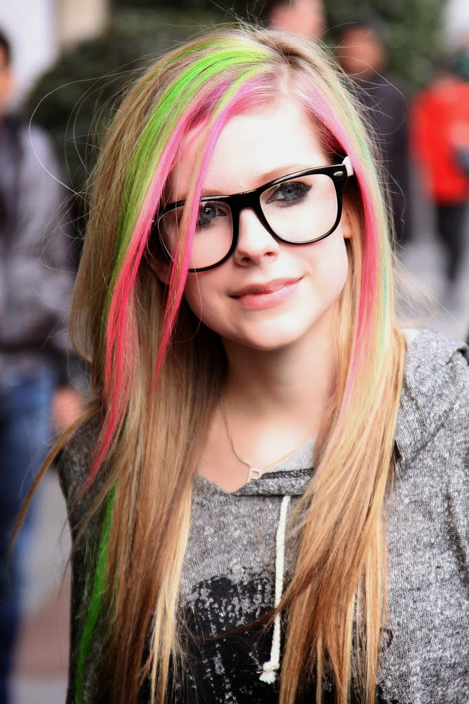 Hairstyle Amp Haircolor Style Color Strange Avril Lavigne