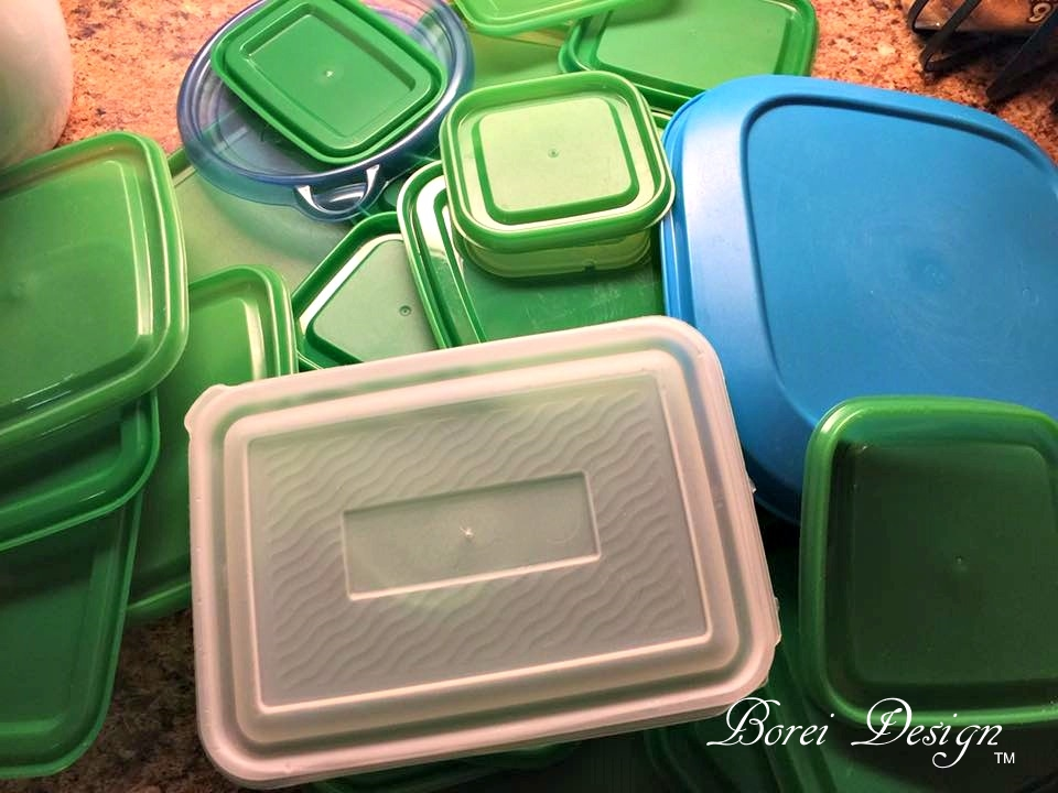 Freebie diy organizer for plastic food storage container lids recycled diy organization craft solutioingenieria Image collections