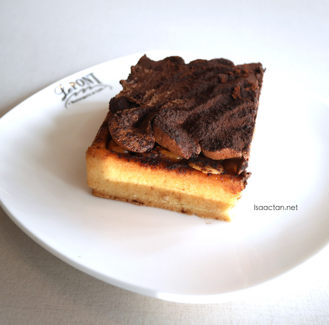 Caramel and Mixed Nuts Tart (RM10.90)