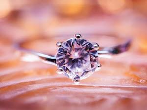 ¿De qué está hecho un diamante?