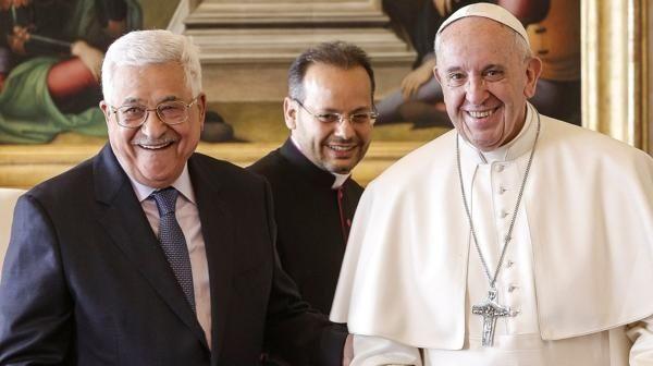 Papa Francisco y Abás hablan sobre la paz en el Medio Oriente