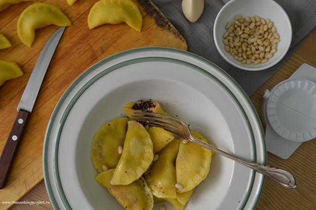 Domashnie-ravioli-s-makovym-maslom