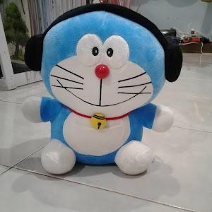 Boneka Doraemon Walkman Lucu