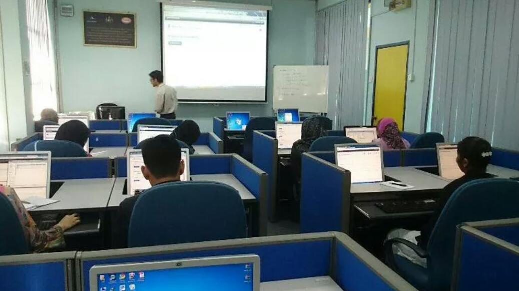 Latihan Membina Laman Web Joomla