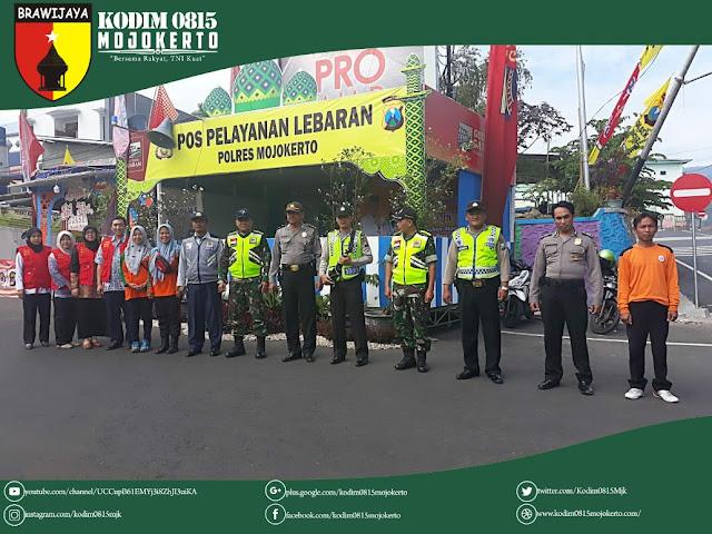 TNI - Polri & Lintas Sektor Di Mojokerto Bersinergi Amankan Arus Balik
