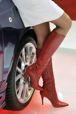 В Италии запрещают одежду, которая обижает скромность