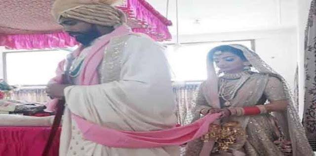 उनकी शादी की तस्वीरें सोशल मीडिया पर वायरल हो रही हैं