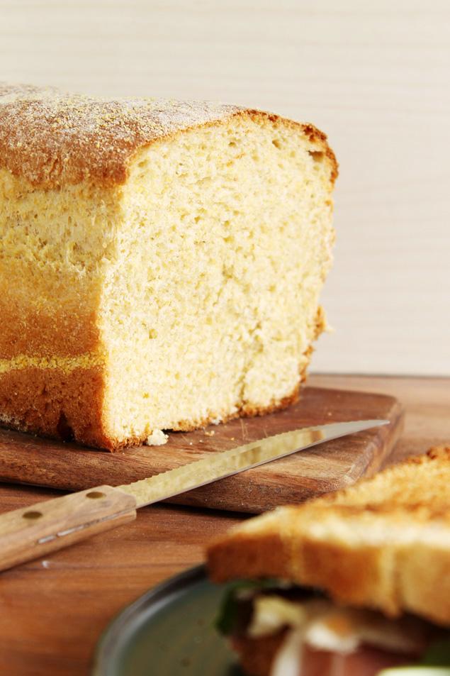 pan maiz polenta sandwich