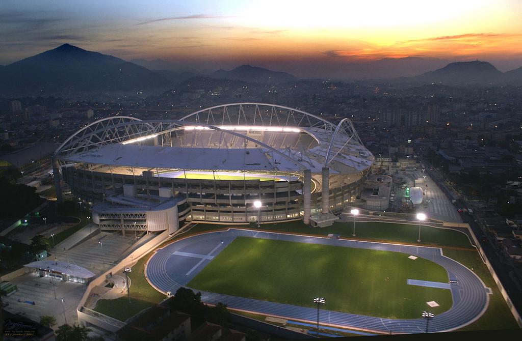 8221360381 Não Trate o (Estádio) Nilton Santos Apenas como um Estádio