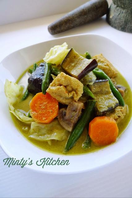 Vegetables Thai Green Curry