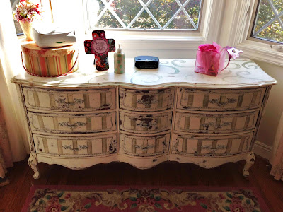 dresser with faux beaded wood trim using spackle and beads