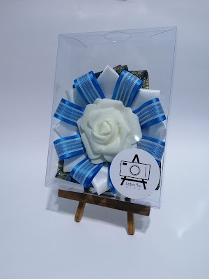 We offer various kinds of customization to your rosette lei for various events even as a very unique graduation lei