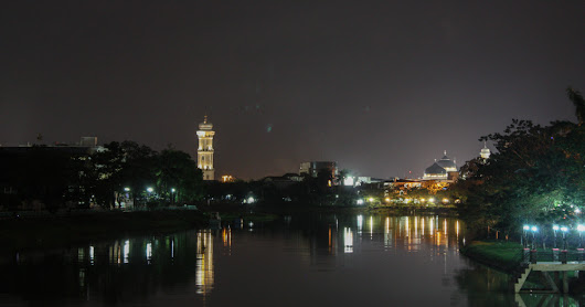 Night in Krueng Aceh River