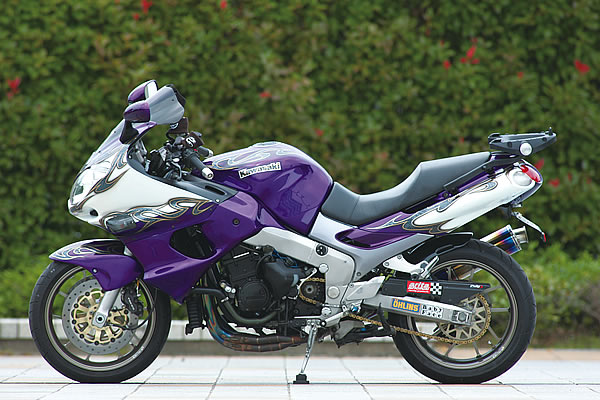 Planet Japan Blog: Kawasaki ZZR 1200 Special