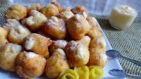 http://arteecucinadaclo.blogspot.it/2014/02/castagnole-di-pasta-choux-con-crema-di.html