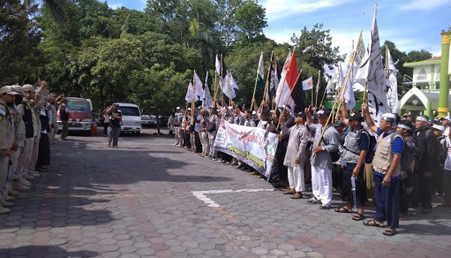 Reuni Akbar 212, Aliansi Ummat Islam Karanganyar Berangkat ke Jakarta