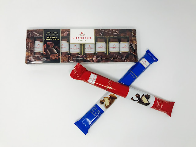 A Classic Dark Bar, A Classic Milk Bar and a 100g box of Double Loaves