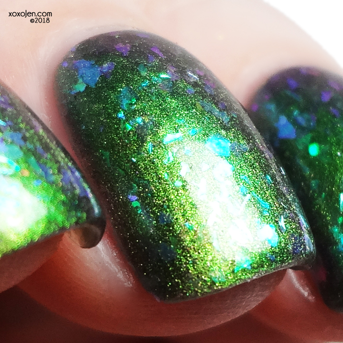 xoxoJen's swatch of 1850 Crystal Jelly