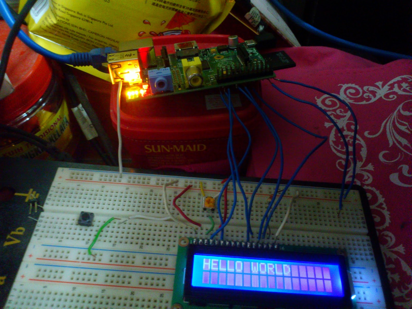 Programming Tutorial: 16x2 LCD Hello World (using C