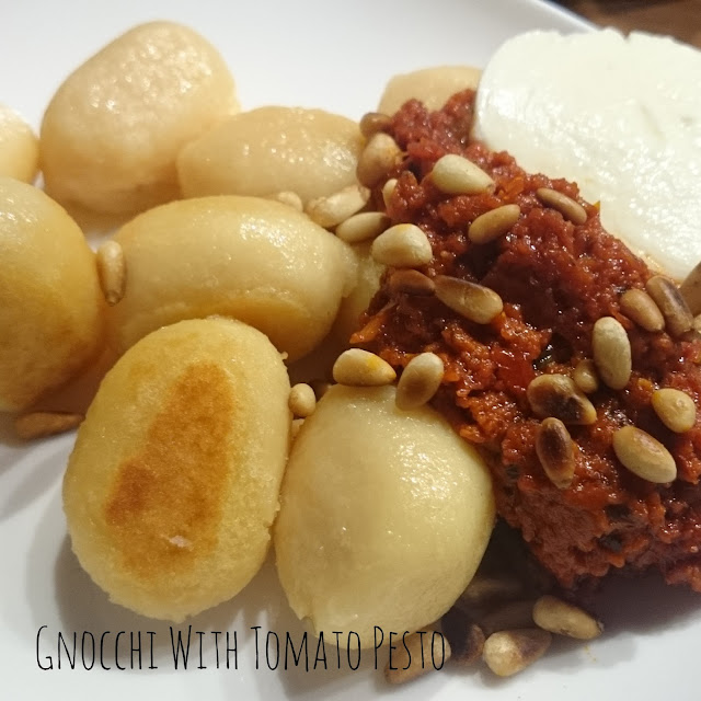 [Food] Gefüllte Gnocchi mit Tomatenpesto // Gnocchi With Tomato Pesto