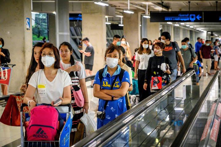 До 60 процентов иностранных туристов отменили свои поездки вТаиланд иВьетнам