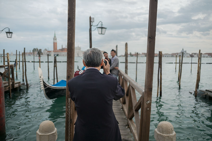 "This Photographer Points His Camera The ""Wrong"" Way At The World's Most Visited Locations - St. Mark's Square, Venice, Italy"