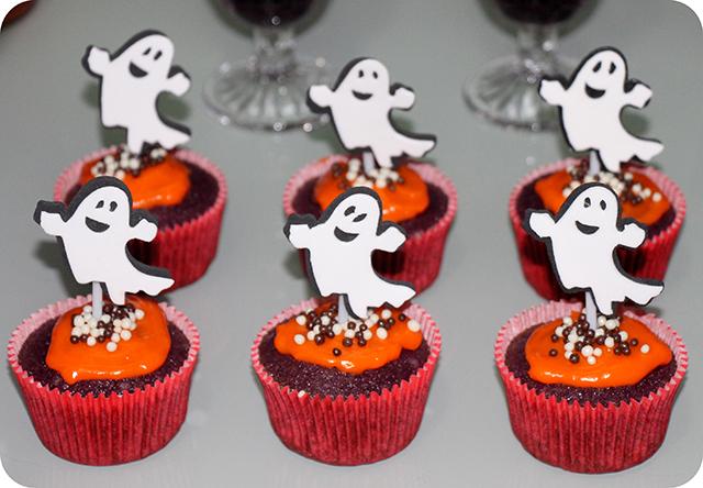 Decoração Festa de Halloween : Cupcake Laranja e Rocho de Fantasma