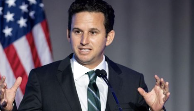 Democratic Sen. Brian Schatz deletes tweet suggesting 'chemical weapons' used at US-Mexico border