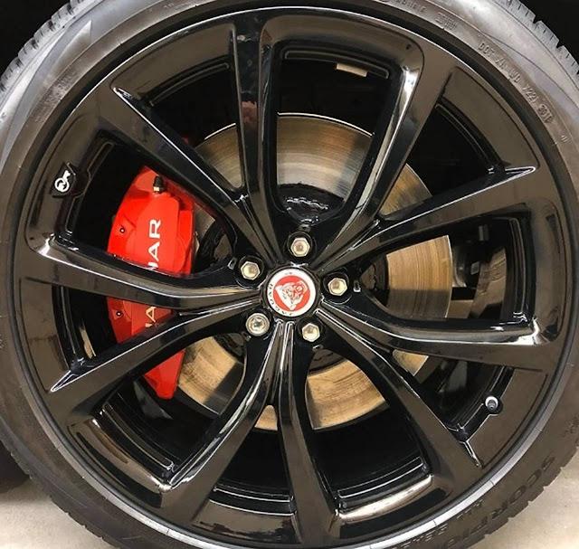 2020-Jaguar-F-Pace-SVR-rims-and-brakes