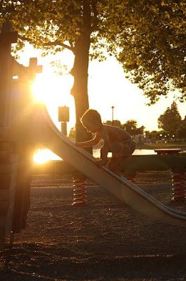 Nem kell különleges dolgokra gondolni: a munkamagánélet egyensúly akár a játszótéren is helyreállhat