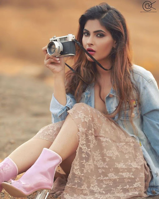 Karishma Sharma Instagram Photos
