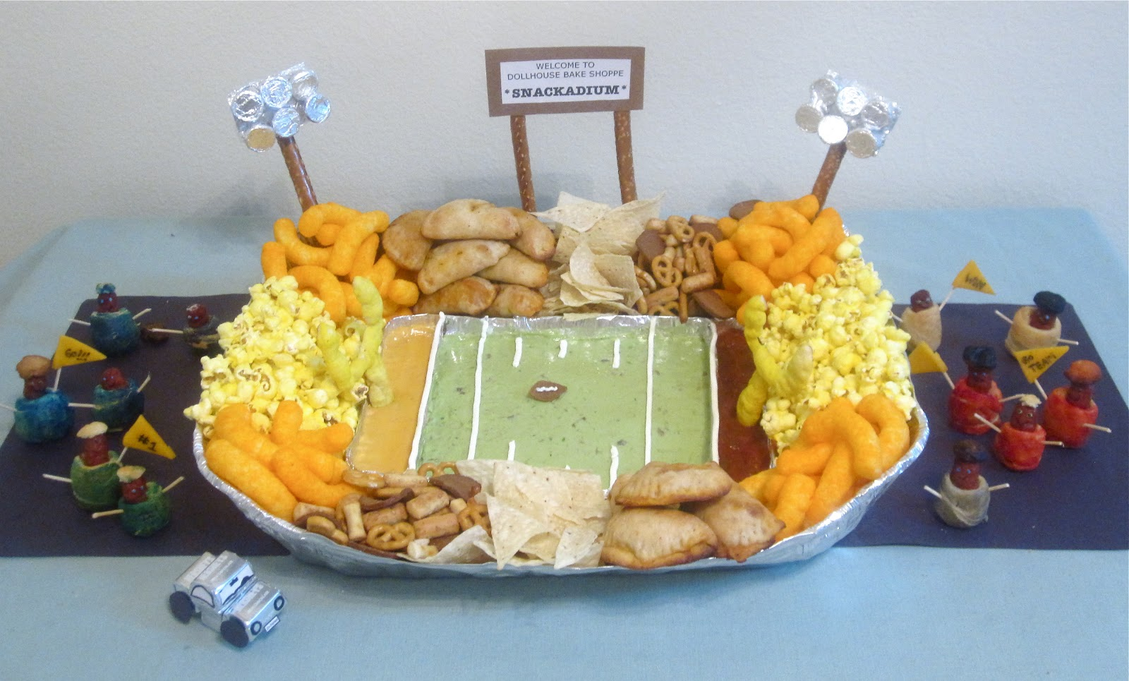 Edible Football Stadium Quot Snackadium Quot Lindsay Ann Bakes