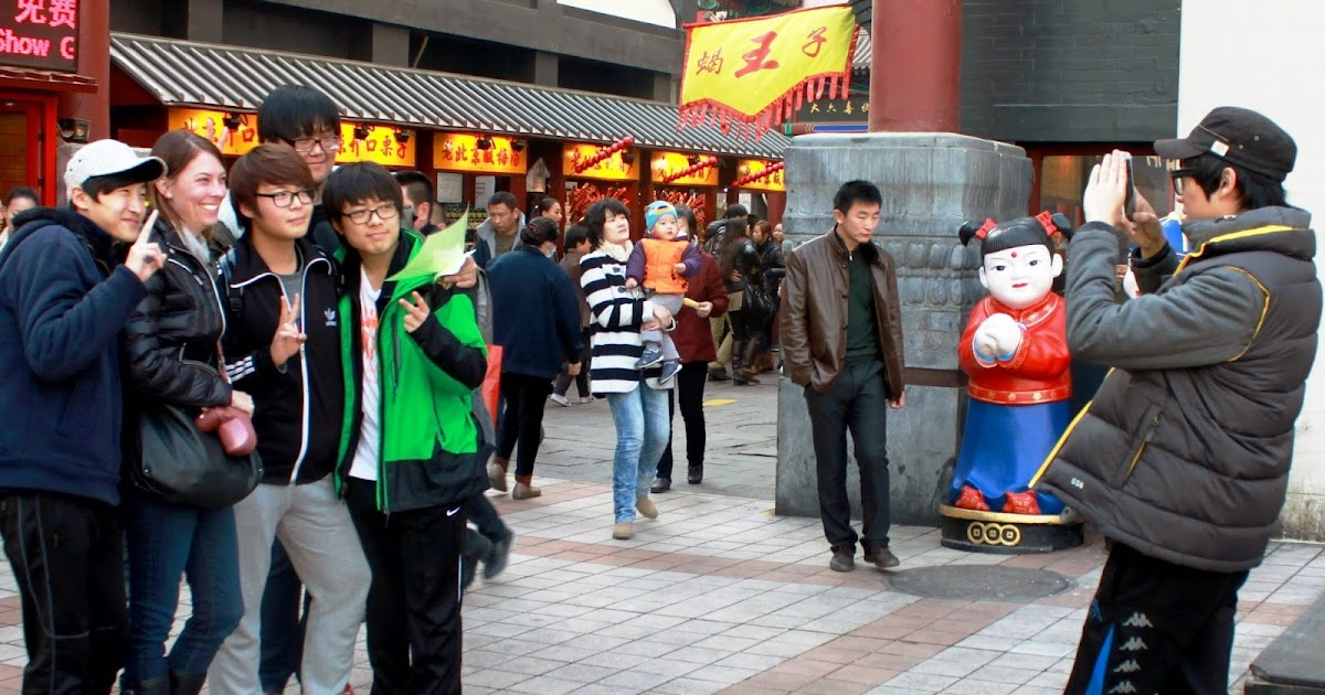 Can I Take Your Picture? Feeling Like Famous Foreigners in China | Travel the World