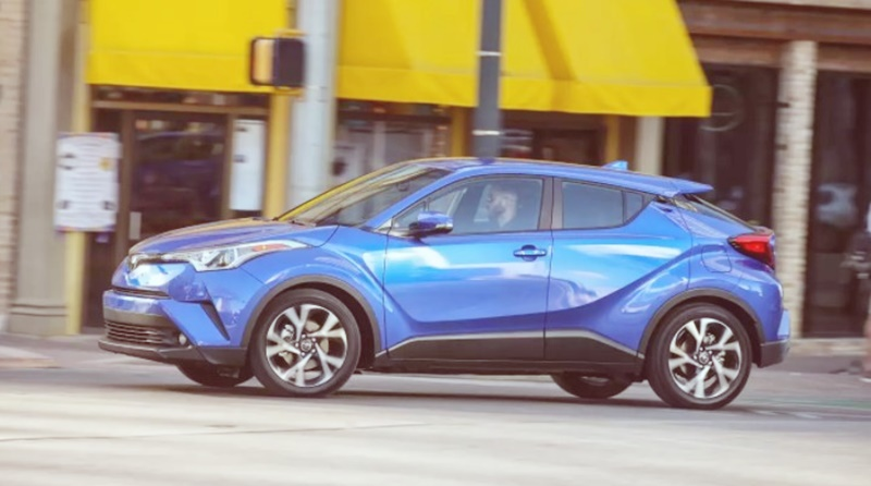 2018 toyota C-HR Review and Spec